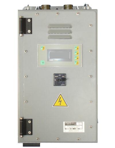 AC motor starter, 10 kVA, Vin 180-240 Vdc Q677-2