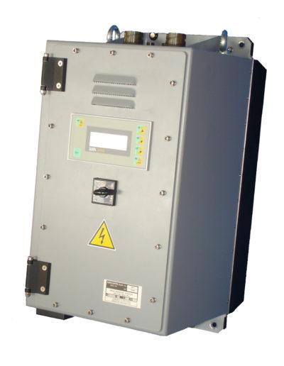 AC motor starter, 10 kVA, Vin 180-240 Vdc Q677-4